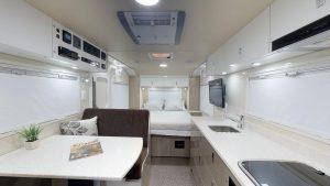 SLRV Expedition Caravans Discoverer 2100 Floorplan A
